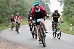 Šestý ročník cyklistické Znojmo Burčák tour se i přes nepříznivé počasí zúčastnily stovky nadšených závodníků.