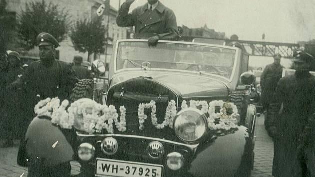 Adolf Hitler ve Znojmě 26. 10. 1938