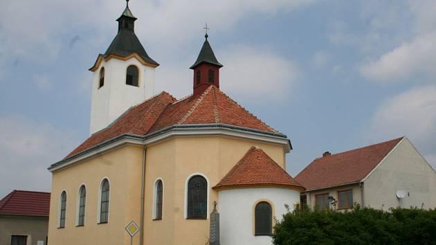 Kostelík v Kuchařovicích