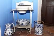 Hrad Bítov nabízí expozici toaletních potřeb šlechty.