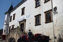 První desítky návštěvníků si o první červnovém víkendu prohlédly nově otevřené Muzeum kol v zámečku v Boskovštejně.