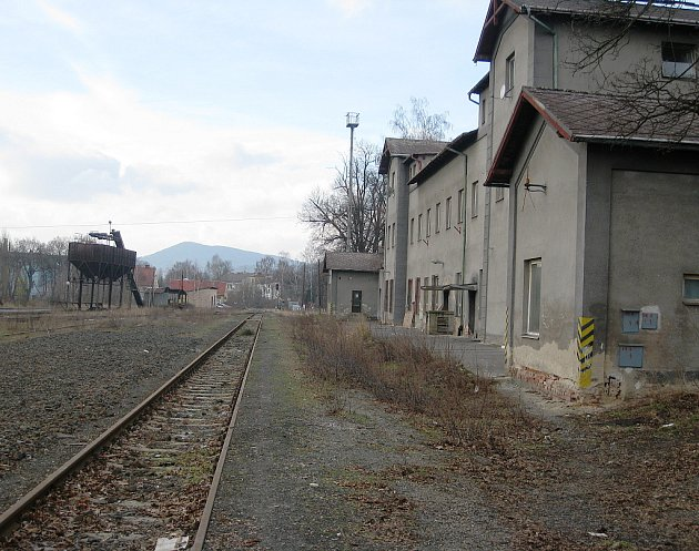 Ve kterém městě najdete toto opuštěné nádraží?