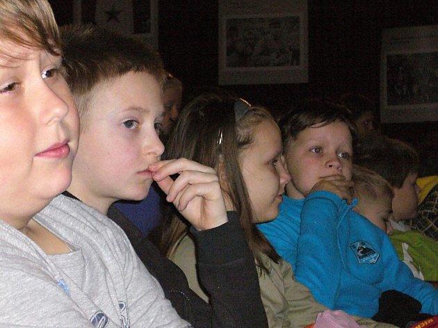 Celý týden mohly děti českolipských základních škol shlédnout filmy z festivalu Jeden svět.