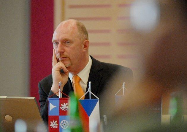Podle hejtmana Petra Skokana je počet žádostí o krajskou dotazci z Českolipska nižší než z jiných regionů.