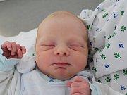 Rodičům Janě Neumannové a Jakubu Marešovi z Varnsdorfu se v pondělí 3. prosince ve 22:00 hodin narodil syn Jáchym Mareš. Měřil 49 cm a vážil 3,32 kg.