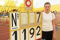 Daniela Bendová si novým osobním rekordem ve vrhu koulí zajistila první místo v 37. ročníku Vánoční haly.