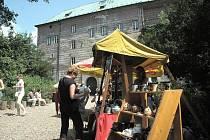 Jarmark na hradě Houska.