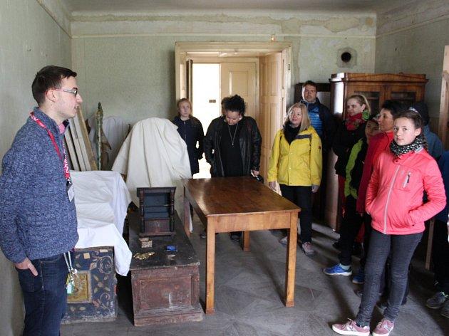 Zájem o unikátní prohlídky zámku v Zákupech byl mimořádný.