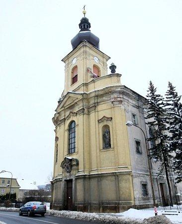 Kostel sv. Vavřince vJezvé.