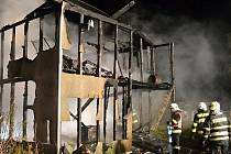 Páteční požár v Novinách pod Ralskem.