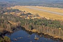 Bývalé vojenské letiště v Ralsku.