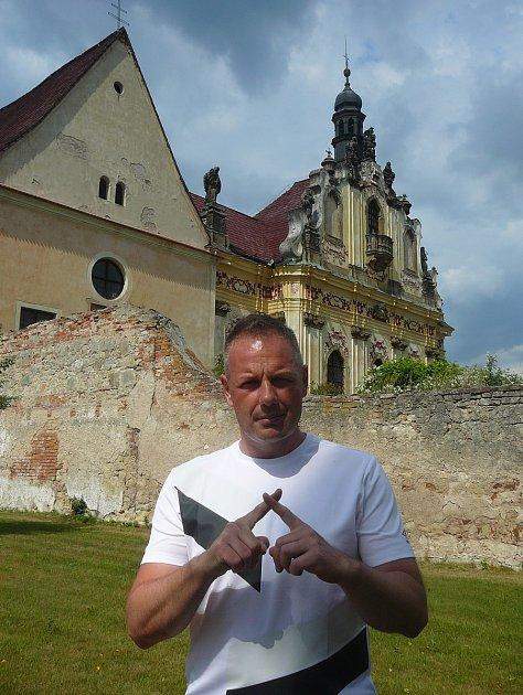 Spisovatel, hudebník a cestovatel Josef Pepson Snětivý míří přibližně po roce opět do Frýdlantu.