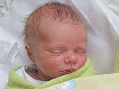 Rodičům Jiřině Šenfeldové a Matěji Ježkovi z Mimoně se v sobotu 3. ledna v 6:14 hodin narodil syn Jakub Ježek. Měřil 46 cm a vážil 2,41 kg.