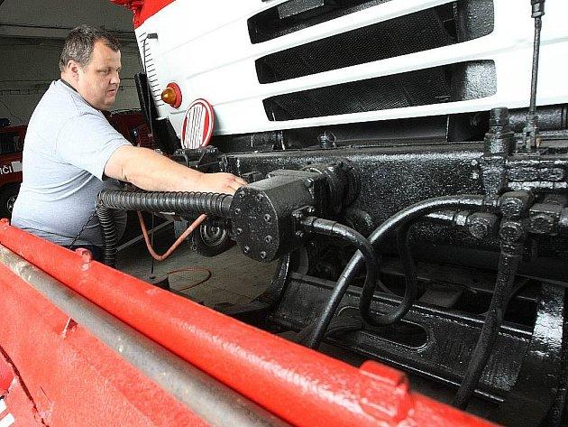 Dobrovolní hasiči z Nového Boru mají za sebou perný rok, včetně několika ojedinělých zásahů.