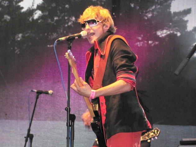 Mandrage hráli pod Bezdězem už loni a nebudou chybět vprogramu festivalu ani oletošních prázdninách.