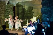 Poprvé se českolipské publikum setkalo s barokní operou v dobové interpretaci.