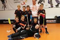 Páté místo v krajském florbalovém finále vybojovali žáci 1. stupně Základní školy Slovanka.