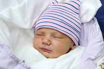 Mamince Erice Štorchové z Nového Boru se v úterý 3. března ve 13:49 hodin narodil syn Jan Štorch. Měřil 51 cm a vážil 3,85 kg.