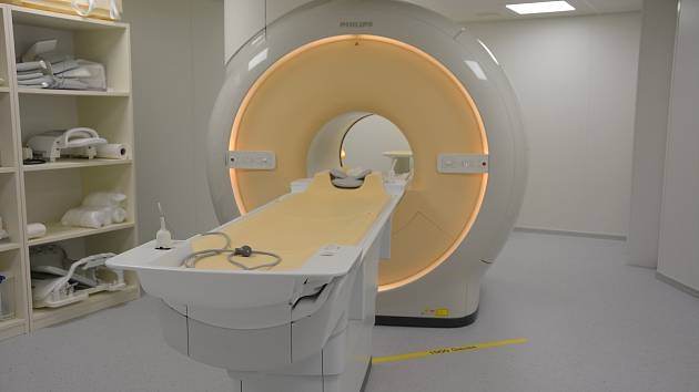 Českolipská nemocnice představila své nové pracoviště magnetické rezonance.