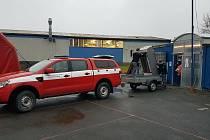 Profesionální hasiči v Doksech se přestěhovali do nové stanice.
