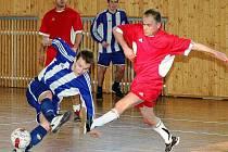 Ve 20. kole Krajského přeboru ve futsalu opět nezaváhal celek  F.A. Zole Česká Lípa a upevnil si první příčku v tabulce o skóre před Slávii TU Liberec B.