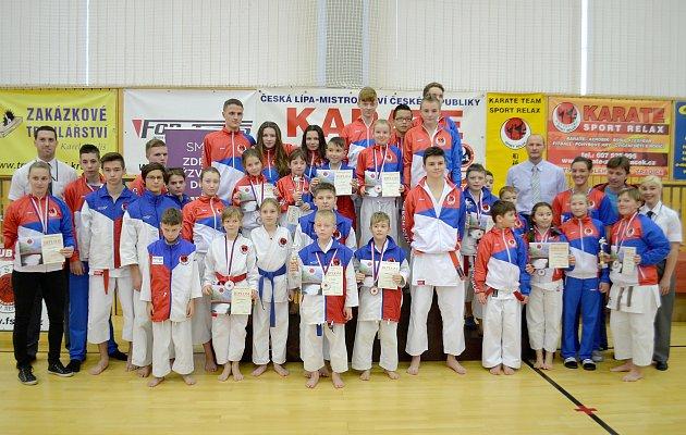 Karatisté českolipského klubu Sport Relax vybojovali na domácí půdě šestadvacet medailí.