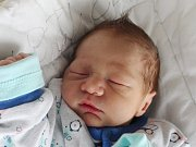 Mamince Andree Hadariové z České Lípy se ve středu 21. března ve 13:41 hodin narodil syn Sebastian Hadari. Měřil 47 cm a vážil 2,64 kg.