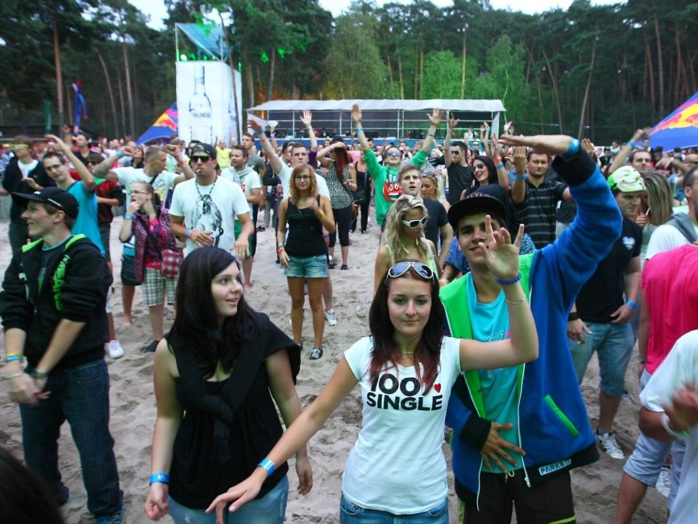 Na festival Mácháč se každý rok sjíždí kolem deseti tisíc návštěvníků.