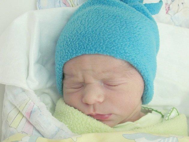 Mamince Vendule Svobodové ze Cvikova se 8. listopadu ve 2:42 hod. narodil syn Štěpán Svoboda. Měřil 50 cm a vážil 3,03 kg.