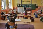 Základní škola ve Skalici u České Lípy.