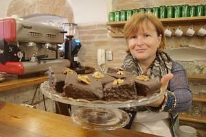 DANUŠE NOVÁ, majitelka Florian café v České Lípě nabízí možnost hřešit i lidem, kteří kvůli zdraví nesmí lepek.