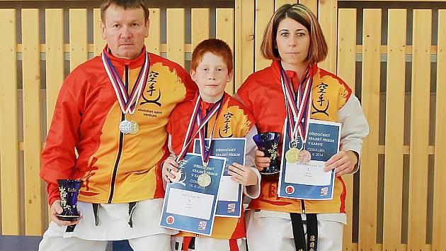Hostitelský oddíl zaznamenal skvělý výsledek, když s rekordními 61 medailemi obsadil 1. místo mezi zúčastněnými kluby.