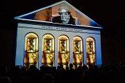 Úvod Mezinárodního sklářského sympozia IGS v Novém Boru patřil Jiřímu Šuhájkovi.