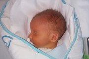 Rodičům Kláře a Josefovi Zemánkovým z Nových Zákup se ve čtvrtek 13. června ve 21:47 hodin narodil syn Oliver Zemánek. Měřil 47 cm a vážil 2,80 kg.