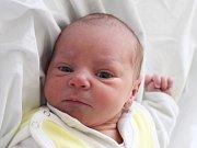Mamince Denise Hlaváčkové z Varnsdorfu se v sobotu 24. března narodil syn Lubomír Uličný. Měřil 45 cm a vážil 2,55 kg.