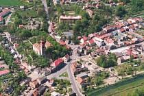Letecký snímek Mimoně.