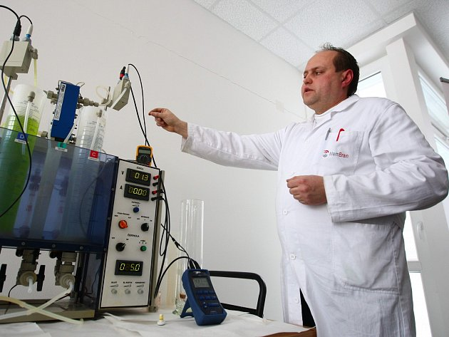 Provoz a laboratoře společnosti Mega ve Stráži pod Ralskem, kde se membrány vyrábějí.