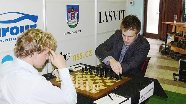 Viktor Láznička a Richard Rapport v Novém Boru.