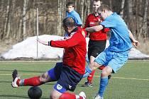 Mimoň statečně prohrála prestižní bitvu s rezervou českolipského Arsenalu. Kaňkovský prostřelil Leitnera a upravuje na 2:2.