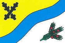 Vlastními symboly se pohraniční vesnička se 155 obyvateli může pochlubit poprvé v historii. Hlavními motivy znaku a praporu jsou znak rodu pánů z Dubé, větvička tisu a také potok, podle kterého dostal Krompach (Krummbach) svůj název.