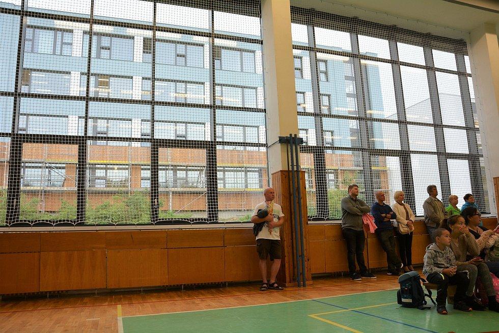 Školní docházku v českolipské ZŠ na sídlišti Lada zahájilo 56 prvňáčků.