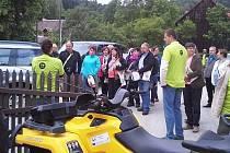 Hodnotící komise soutěže Vesnice roku v minulém týdnu objížděla přihlášené obce. Jednou z nich byl i Prysk.