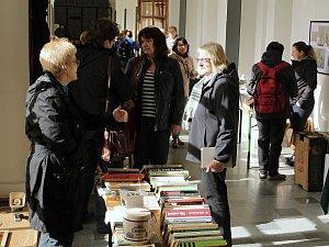 Burza knih v ambit Augustiánského kláštera