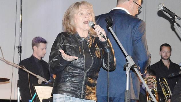 Eva Pilarová a Golden Big Band Prague nebo Petr Vondráček. 22.ročník jazzových dnů přinesl super výběr.