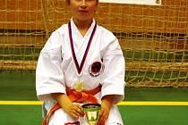Barbora Znamenáčková byla vyhlášená jako nejúspěšnější závodnicí v kategorii kata dívek.