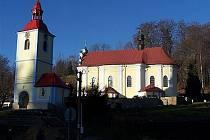 Kostel sv. Petra a Pavla v Prysku.