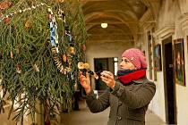 PROSINEC. Vánoční rozjímání na zámku v Horní Libchavě.