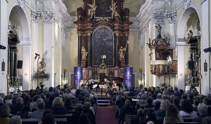 Druhá kapitola letošní trilogie uměleckého garanta Pavel Haas Quarteta pokračovala v neděli 26. září v bazilice Všech svatých v České Lípě.