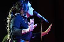 """On Stage Tour"" svedla dohromady Ewu Farnou, Support Lesbiens a Nebe."