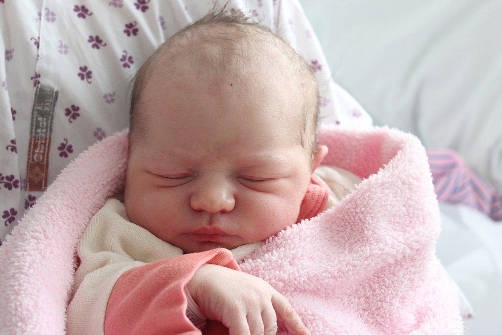 Rodičům Kateřině Radové a Juraji Rozmanovi ze Cvikova se v pátek 5. června ve 3:00 hodin narodila dcera Kačenka. Měřila 50 cm a vážila 3,06 kg.